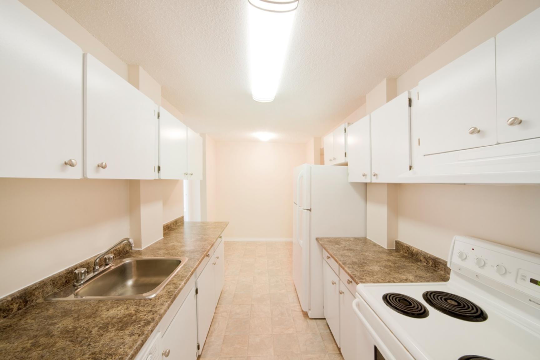Hillcrest Place Apartments photo #1
