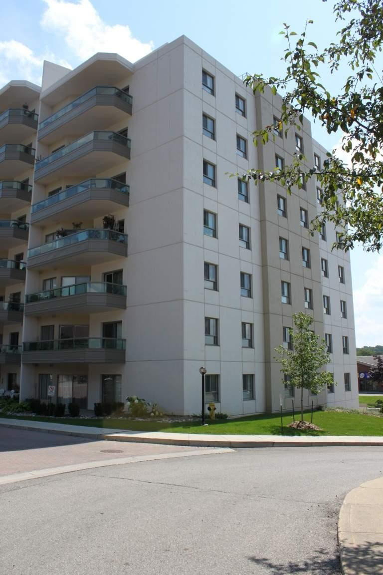 170 Country Hill Drive, Kitchener ON - Walk Score