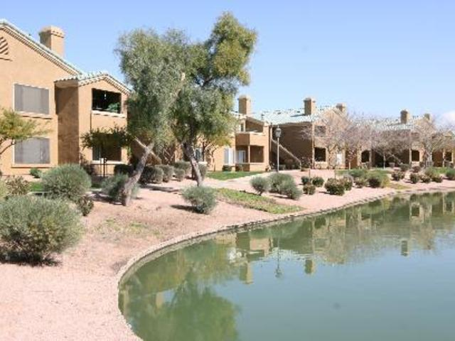 Lakeview At Superstition Springs Apartments