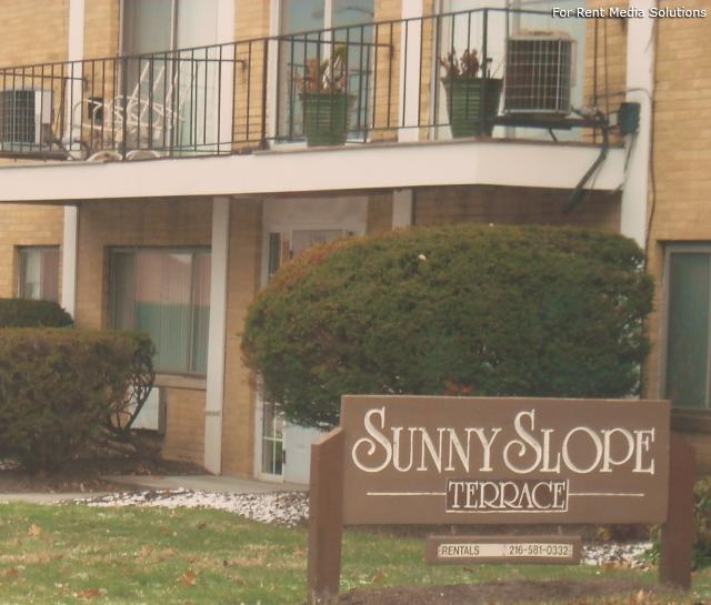Sunnyslope Apts Apartments, Maple Heights OH