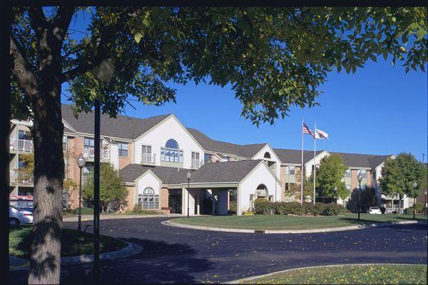 Rosehaven Manor Apartments photo #1