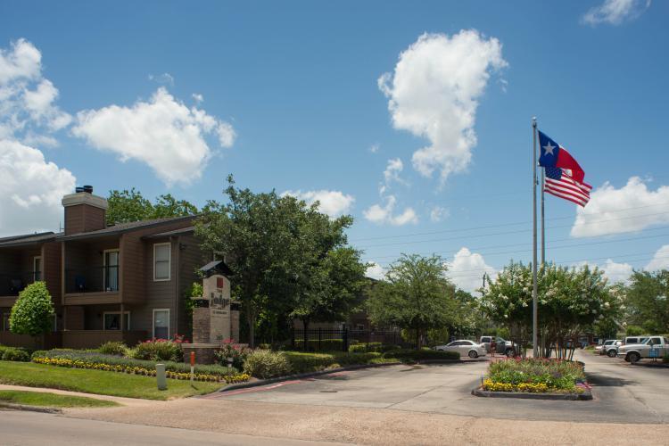 The Lodge on El Dorado Apartments photo #1