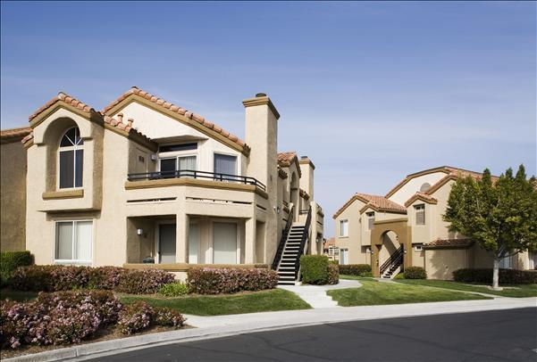 Vista Del Lago Apartments photo #1