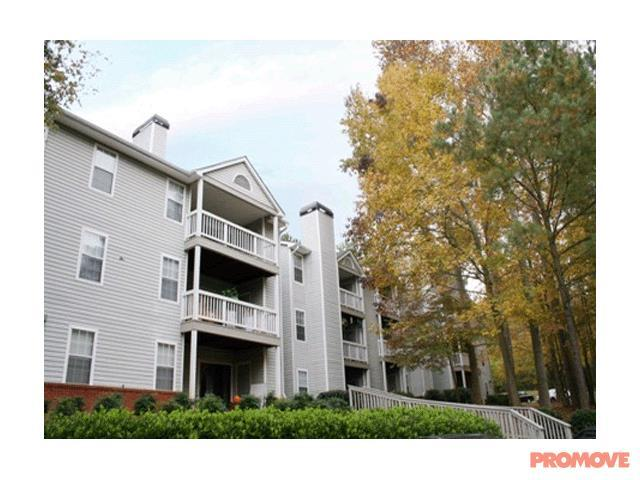 Wood Pointe Apartments photo #1