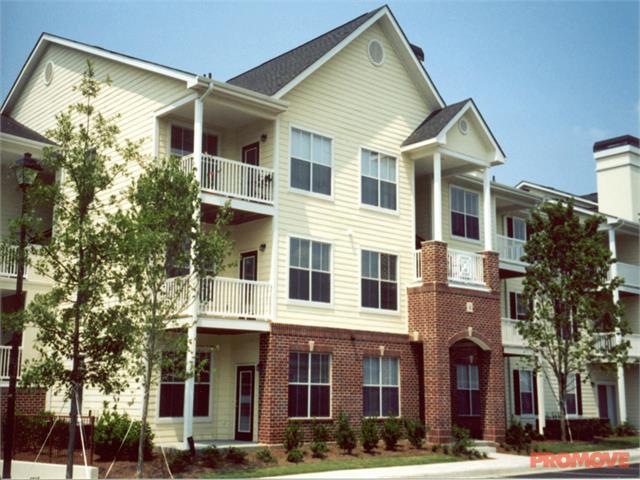 Estates at Crossroads Apartments photo #1