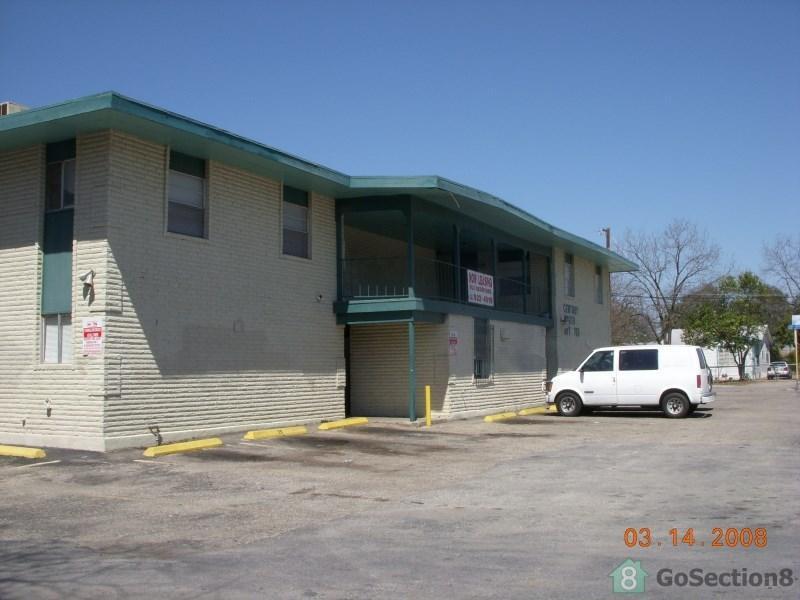 703 Logwood Ave San Antonio Tx Walk Score Rh Walkscore Com