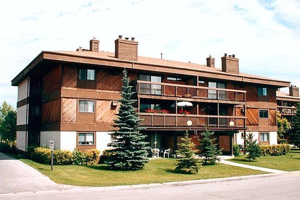 108-1035 Beaverhill Blvd Apartments, Winnipeg MB - Walk Score