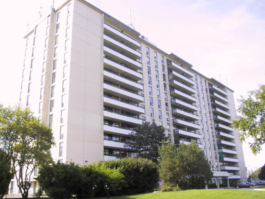 11 Ruddington Dr. Apartments photo #1