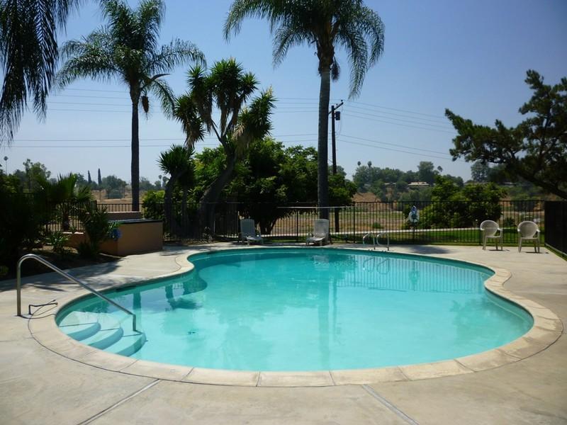 7870 Magnolia Ave  Riverside CA   Walk Score. 2 Bedroom Houses For Rent In Riverside Ca. Home Design Ideas