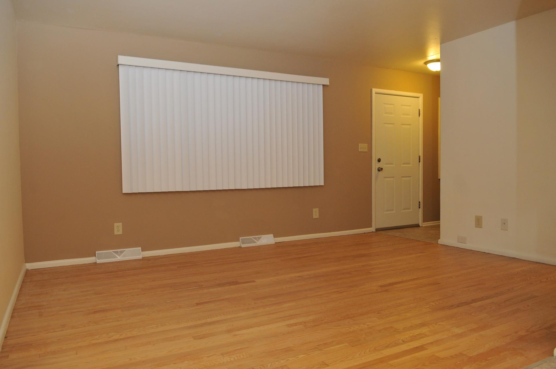 Remodeled 2 BR Townhome