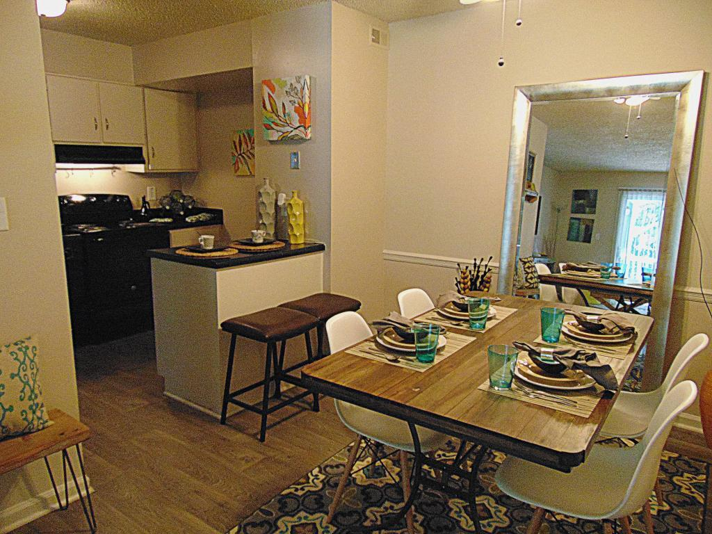 apartments ranges from 630 for a one bedroom to a 830 three bedroom