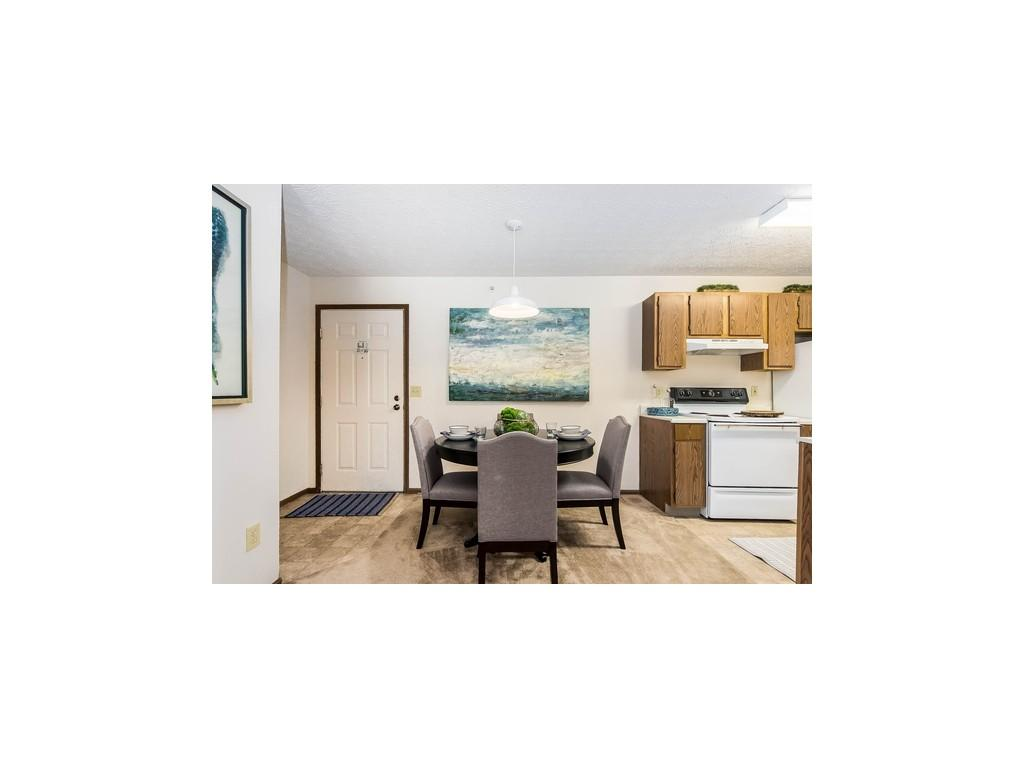 The Enclave At Albany Park Apartments