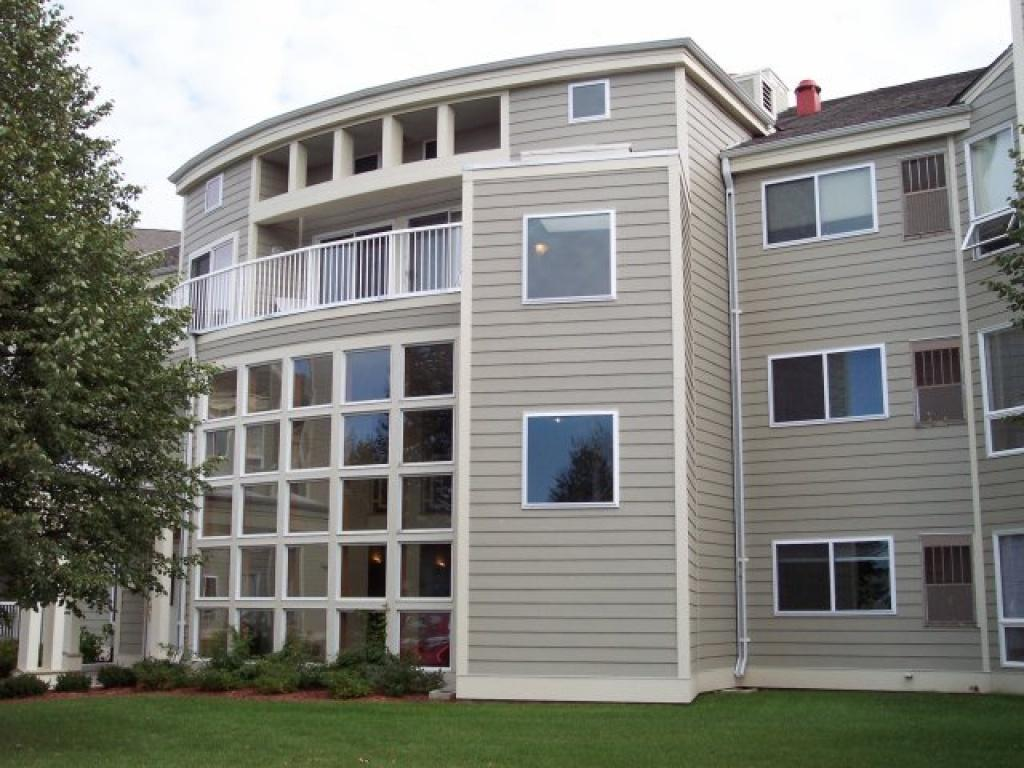 Bristol Village Apartments & Townhomes photo #1