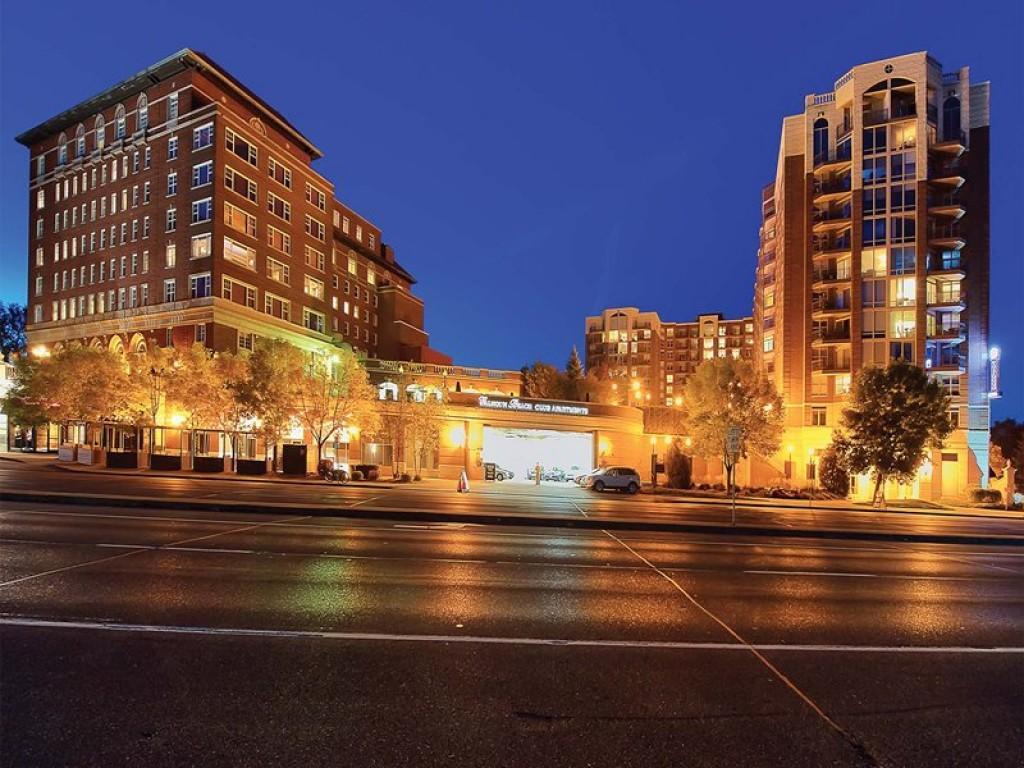 Calhoun Beach Club Apartments photo #1
