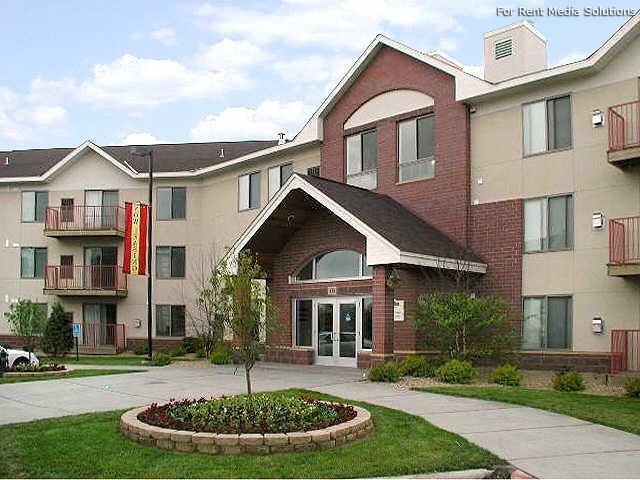 Dakota Station Apartments Burnsville Mn Walk Score