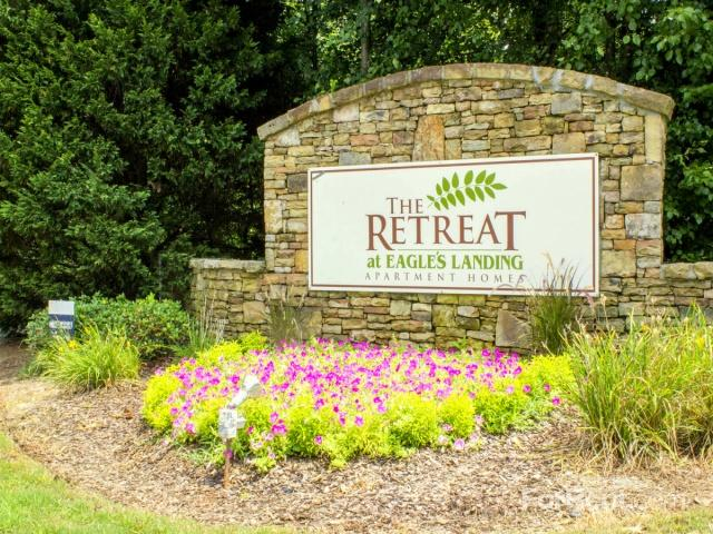 The Retreat at Eagle's Landing Apartments photo #1