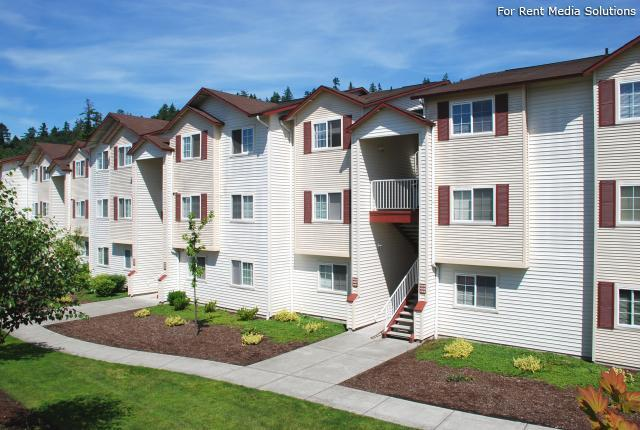 Silver Springs Apartments photo #1