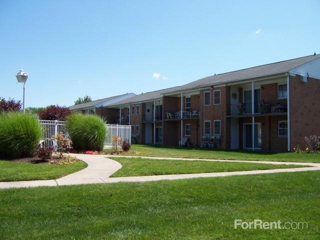 Orangewood Park Apartments Levittown Pa