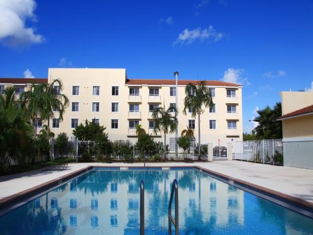 St. Croix Apartments photo #1