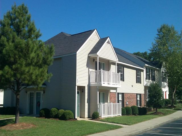 Beachwood Park Townhomes Apartments photo #1