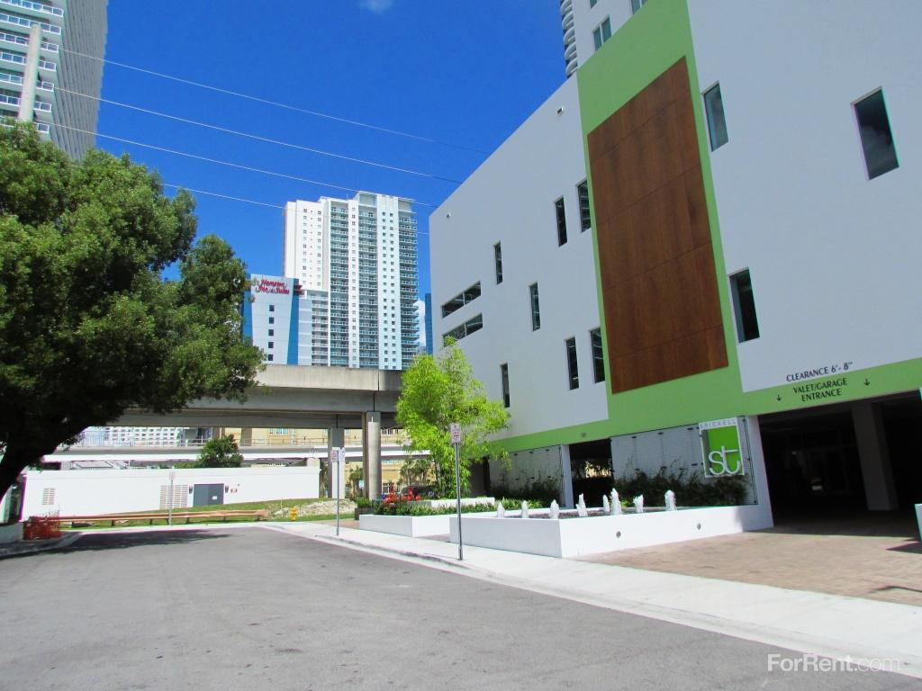 Average Rent For One Bedroom Apartment In Miami 28 Images Grove Station Tower Apartments
