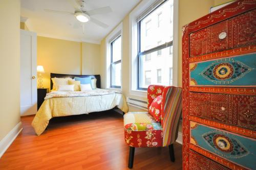 One BR sublet available immediately - 50% off rest... - One BR Apartments photo #1