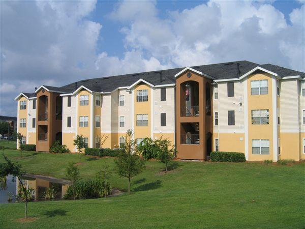 Lake Pointe Apartments Orlando