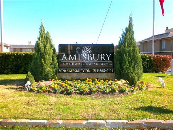 Amesbury Apartments photo #1