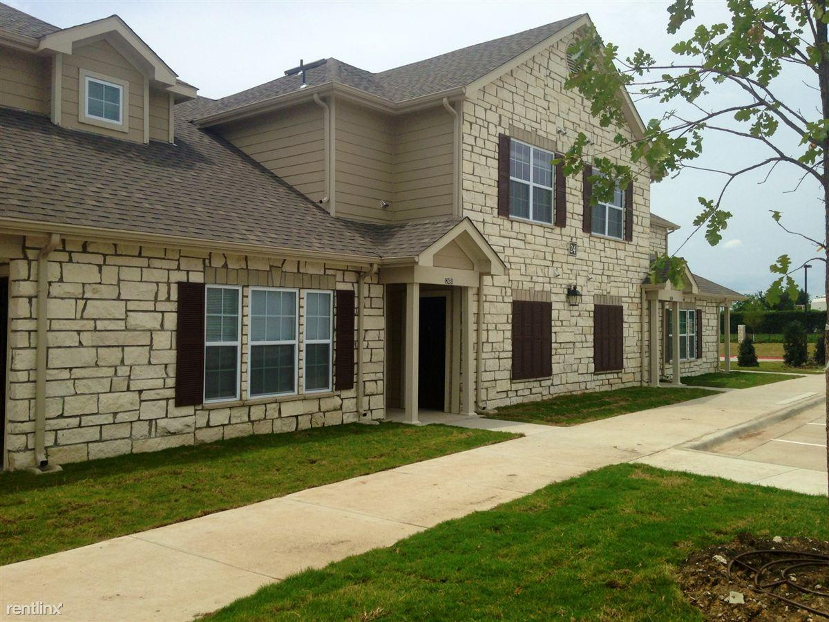 Riverstone Trails Townhomes Apartments Sunnyvale Tx