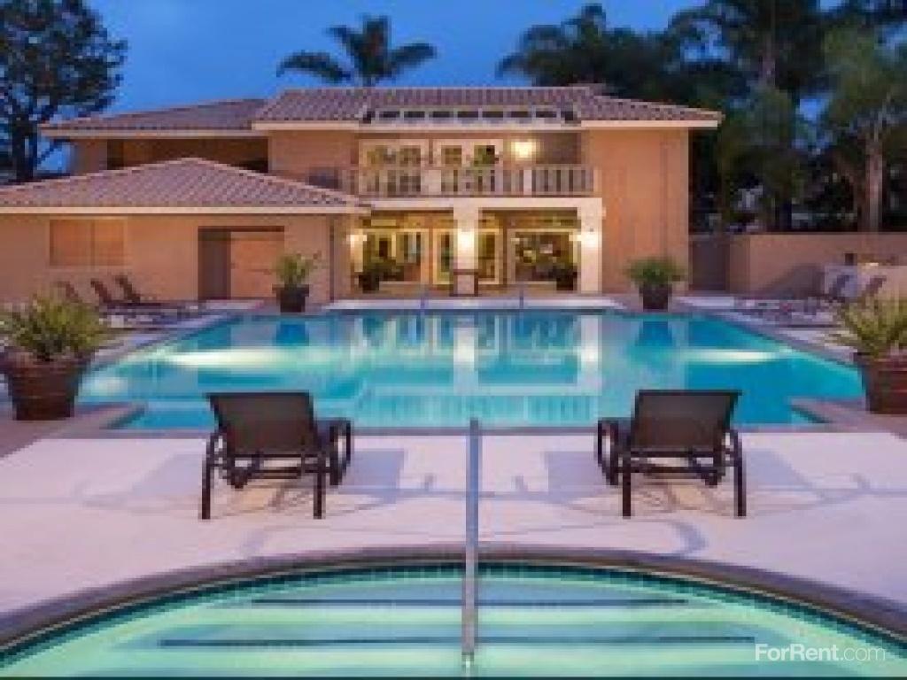 Monarch Coast Apartments photo #1