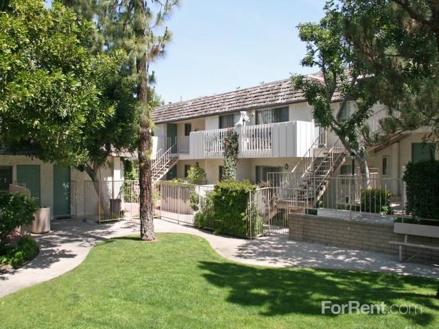 Brentwood Apartments La Palma Ca