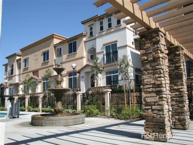 Tustin cottages apartments tustin ca walk score for 3 bedroom apartments in tustin ca