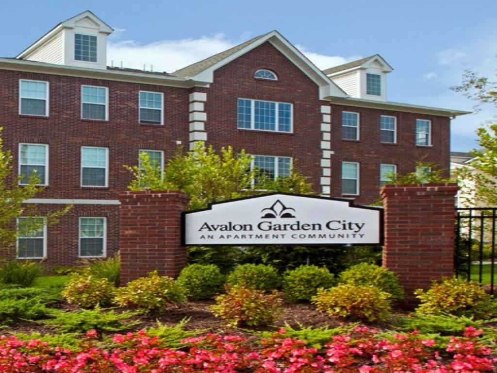 Avalon Garden City Apartments photo #1