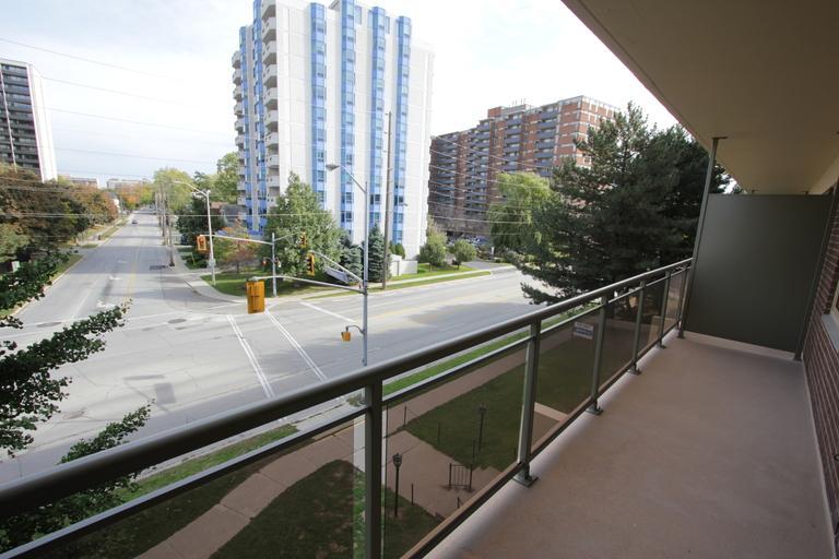 480 510 Maple Avenue Apartments Burlington On Walk Score