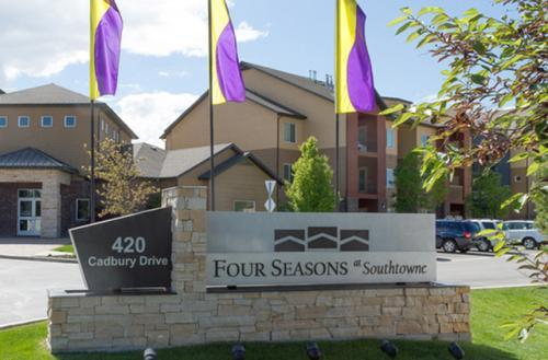 Four Seasons at Southtowne Apartments photo #1