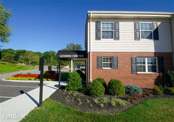 Olde Forge Townhomes Apartments photo #1