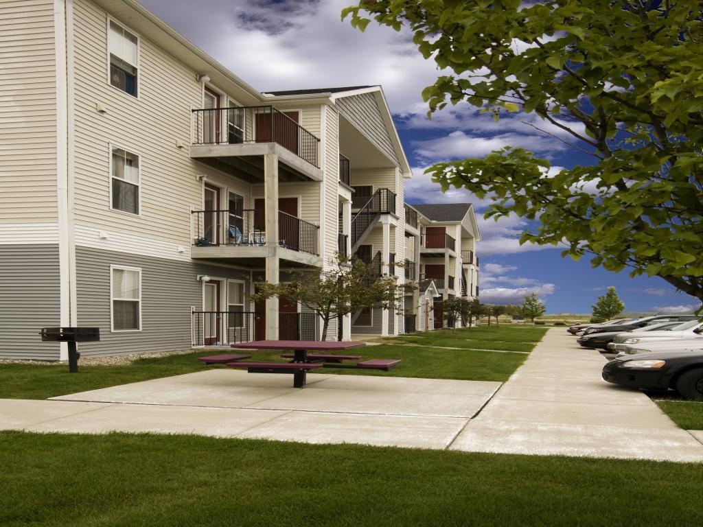 Village Bluegrass Apartments Mount Pleasant
