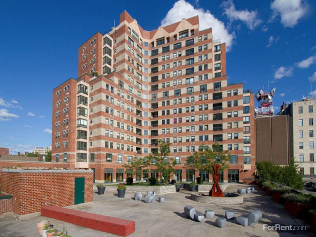 Back Bay Tower Apartments photo #1
