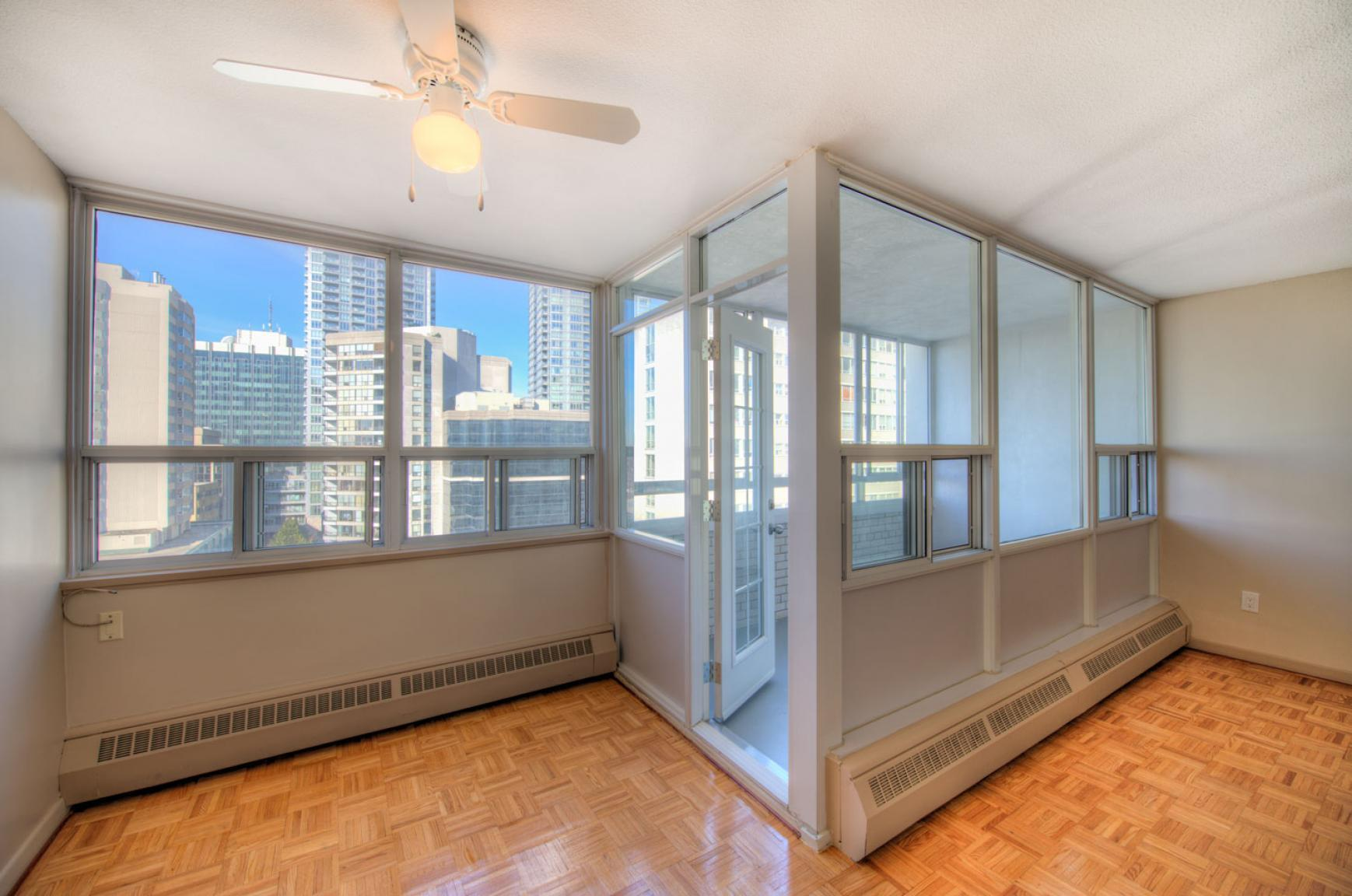 Bedroom Apartment For Rent Yonge And Eglinton
