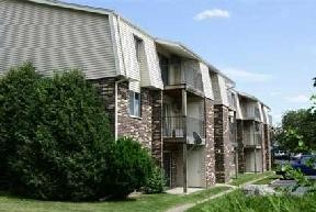 The Pines Apartments & Townhomes photo #1