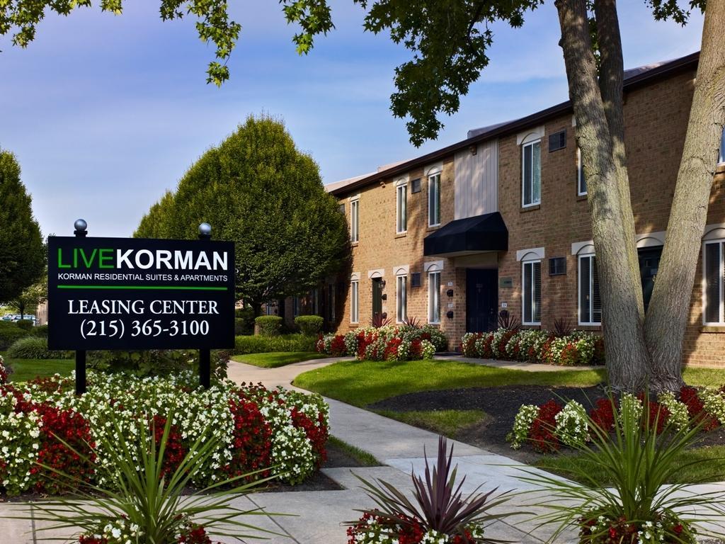 Korman Residential At International City Chalets Apartments Philadelphia Pa Walk Score
