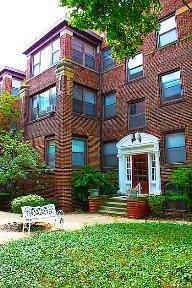 Studio apartment 11709 Lake Avenue Apartments photo #1