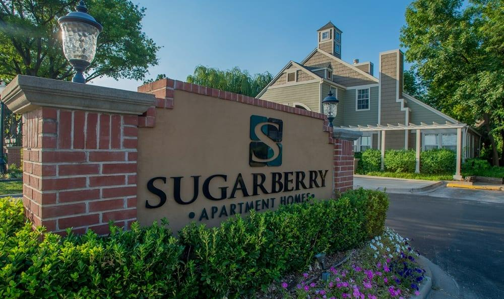 2 Bedrooms - Sugarberry Apartments Features Aff... photo #1