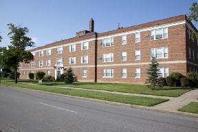 Van Aken Court Apartments photo #1