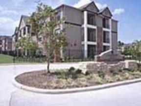 Lakeshore Villas Apartments photo #1