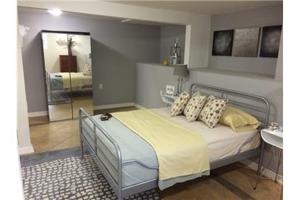 Beautiful huge studio apartment! - Hayward This studio apartment is furnished and it comes with Washer/Dryer Hook up's, brand new stainless steel appliances, and hardwood floors