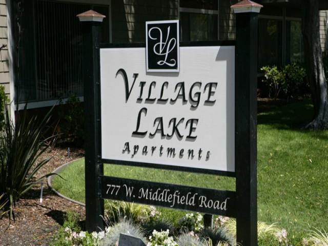 Village Lake Apartments photo #1