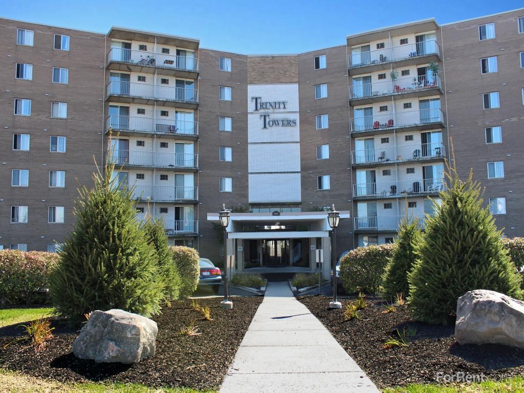 Trinity Towers Apartments photo #1