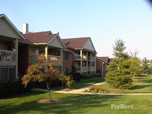 Versailles Gardens Williamsburg Apartments North Canton OH