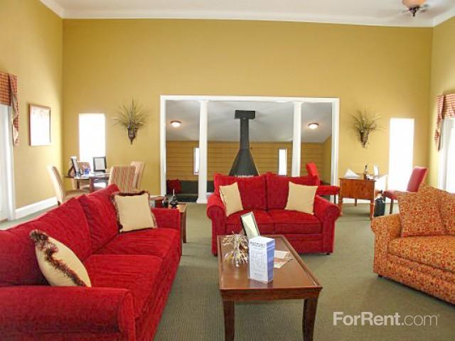 Berkley Pointe Apartments Greenville Sc